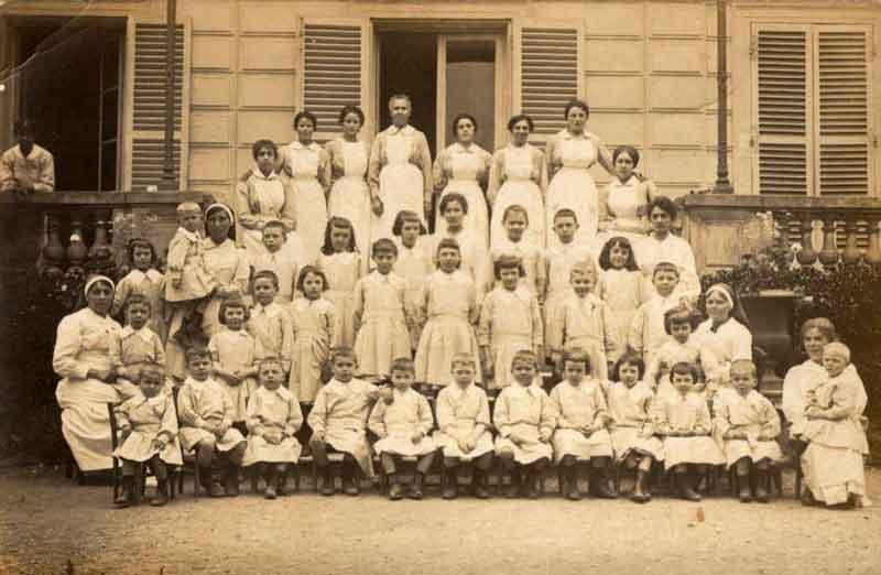 hopital_1919.jpg